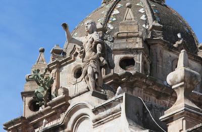 La mayoría de los problemas que muestra la Catedral Basílica Menor tienen que ver con la influencia de la humedad en sus frescos y enjarres.