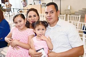 30082017 Familia López Sandoval.