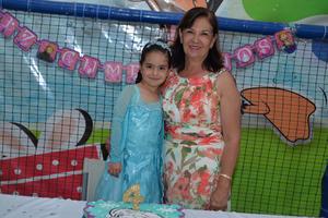 30082017 CUMPLE 4 AñOS.  Karen y Cynthia.
