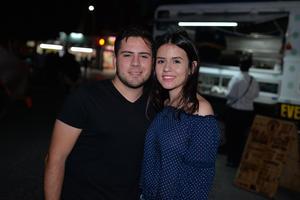 30082017 Sebastián y Adriana.
