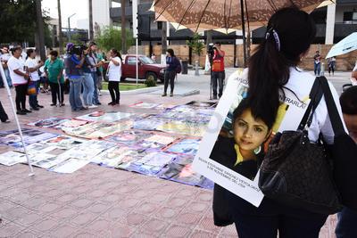Colocaron imágenes de sus desaparecidos.