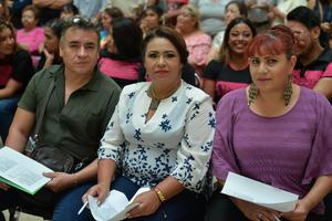 31082017 Eduardo, Maricruz y Berenice.