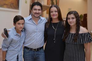 31082017 Lalo, Eduardo, Nadia y Regina.