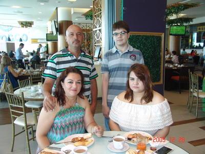 31082017 Armando, Claudia, Michelle y Alejandro.
