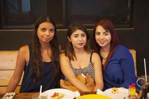 01092017 Ana, Jessica e Ilse.