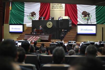 El gobernador Aispuro Torres hizo referencia a aspectos como la deuda que se le heredó de 14 mil 900 millones de pesos.