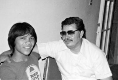 03092017 Roberto Salais Torres y su padre, Roberto Salais Covarrubias, en 1963.