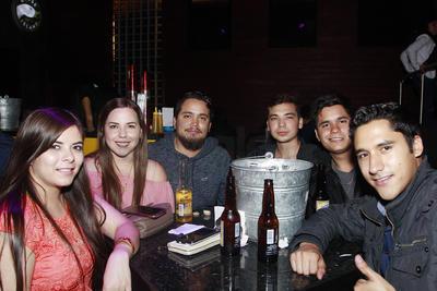 Karime, Carolina, Jose Luis, Alejandro, Francisco y Ricardo.