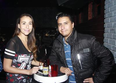 Azucena y Gerardo.