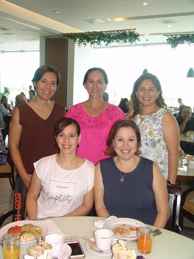 07092017 Paty, Lupita, Elvia, Karen y Mague.