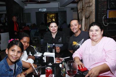 Familia Saucedo Manríquez.