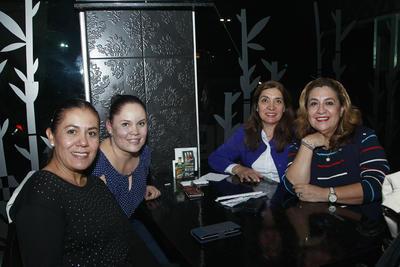 Alma, Sandra,  Mary y Aida.