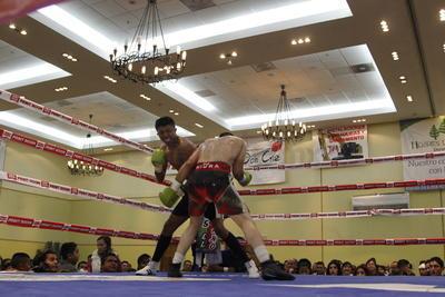 """Al finalizar el combate se registró el triunfo de David """"Popeye"""" Martínez."""