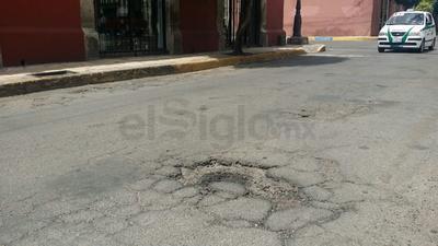 Calle Independencia entre Negrete y 20 de Noviembre, zona Centro.