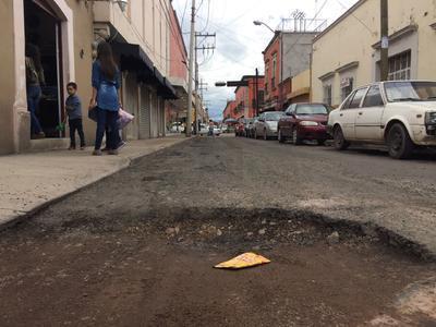 Calle Patoni entre Negrete y 20 de Noviembre, zona Centro.