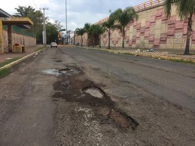 Bulevar Armando del Castillo.