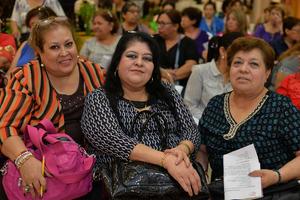 10092017 Gina, Lupita y Angie.