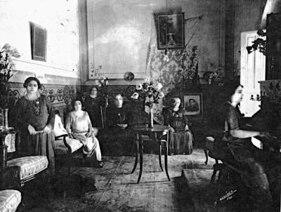 10092017 Juan Alonso, Teodora, Ignacia, Ventura, Petra y P. (hermanas del Padre) en Matamoros, Coahuila.