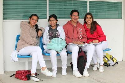Marilin, Alejandra, Noé y Valeria.