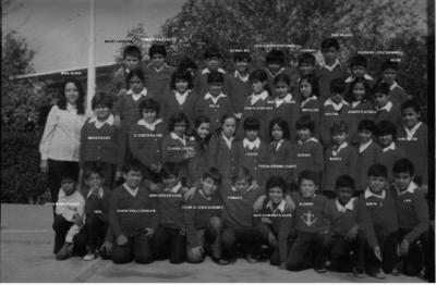 12092017 Alumnado y la maestra Gloria de la Escuela Primaria Urbana General Lucio Blanco (Torreón).