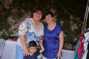 13092017 EN FAMILIA.  Guadalupe, Patricia y Leonel.