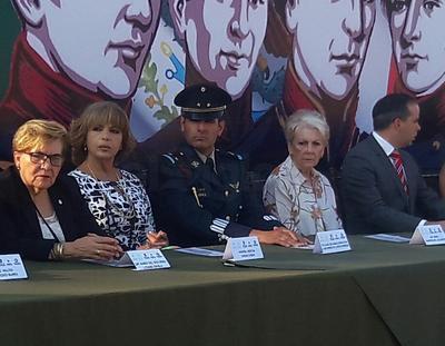 Participaron efectivos de la Secretaría de la Defensa Nacional (SEDENA), así como autoridades de los tres niveles de gobierno y representantes de diversos sectores de la sociedad.