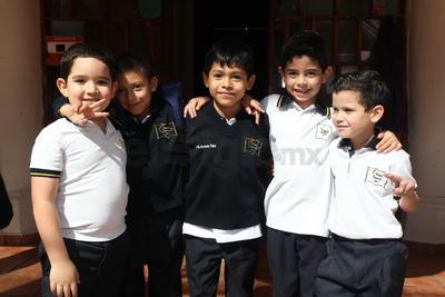Rodolfo, Emilio, Jesús, Cristobal y Antonio.