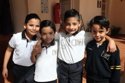 Leonardo, Yan, Ángel y Elias.