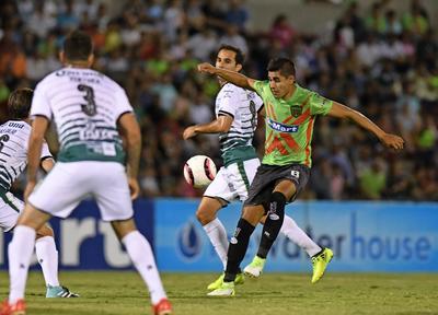 El mundialista Sub-20 salió en una noche inspirada, para guiar a Santos Laguna a su tercer triunfo en el certamen, donde aspira a lo más alto, en los juegos de eliminación directa.
