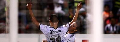 Con un Hat trick de Ronaldo Cisneros, Santos Laguna venció a Juárez en el partido de la Copa MX.