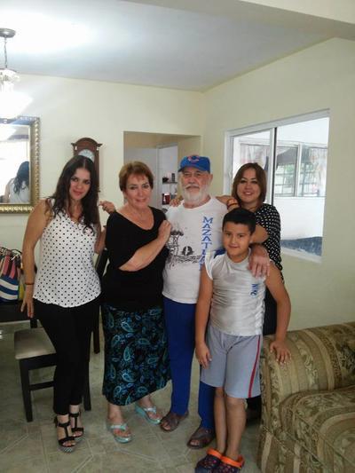 14092017 Rosy, Mayra, Bertha, David y Abraham.