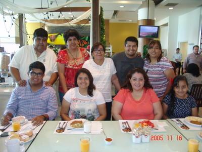 14092017 Familia Torres.
