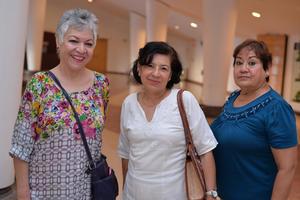 14092017 Estela, Paulina y María Santa.
