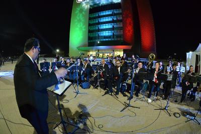 La banda de música de Torreón deleitó a los presentes con temas tradicionales mexicanos.