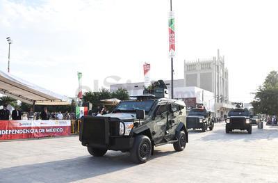 El Ejército mostró sus vehículos.