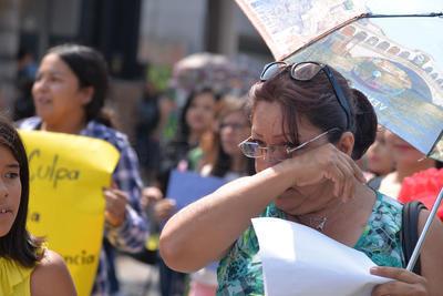 Mujeres laguneras exigieron un alto a la violencia de género.