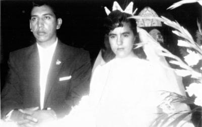 17092017 Jorge Valdés Fernández y Yolanda González de la Cruz, el día de su matrimonio en la Iglesia de Guadalupe de Gómez Palacio, el 20 de agosto de 1958.