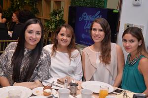 18092017 Laura, Gisela, Andrea y Ariadne.