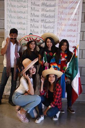 18092017 Yesbell, Dariana, Maribel, Minerva, Fernanda, Yessica y Marlene.