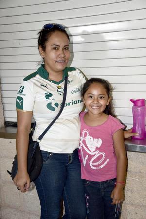 16092017 Leticia y Mariana.