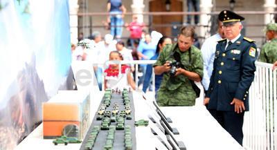Por la variedad de las piezas empleadas, la exposición llamó la atención de ciudadanos y autoridades.