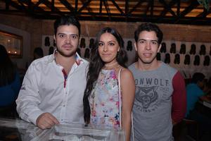 Luis, Lorena y Abel