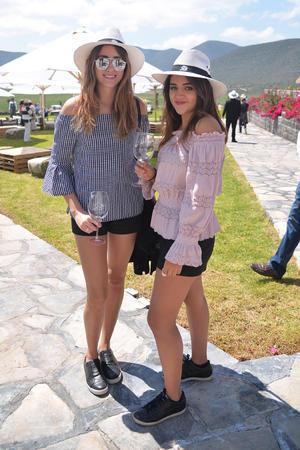 Camila Larson y Camila Fernández