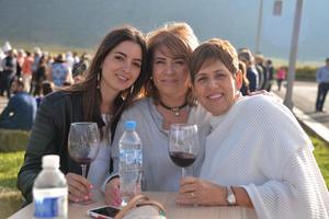 Mónica, Martha y Gabriela