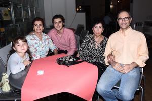 19092017 Ana Isabel, Ricardo, Ramón, Claudia, Rocío y Carlos.