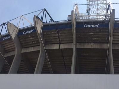 El Estadio Azteca también sufrió daños, por lo que el partido de Copa MX entre Club América y Cruz Azul fue cancelado.