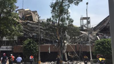 En redes sociales han circulado imágenes del derrumbe de dos edificios en la zona de La Condesa.
