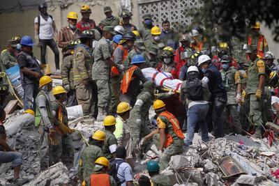Las comunidades se unieron en rescate de los afectados.