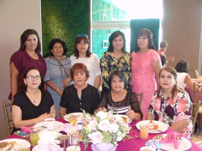 21092017 Paty, Hilda, Gris, Licha, María Elena, Hortencia, Mariloly, Irma Delia y Miriam.