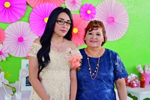 21092017 PRENUPCIAL.  Karla Vázquez y Rita Espino.